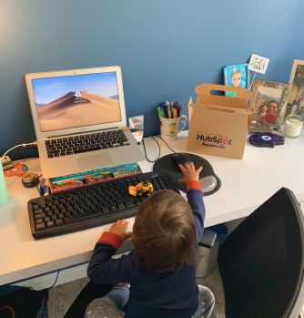 HubSpot_Community_-_Working_from_home_with_children_Interview__LATAM_edition__-_HubSpot_Community.png
